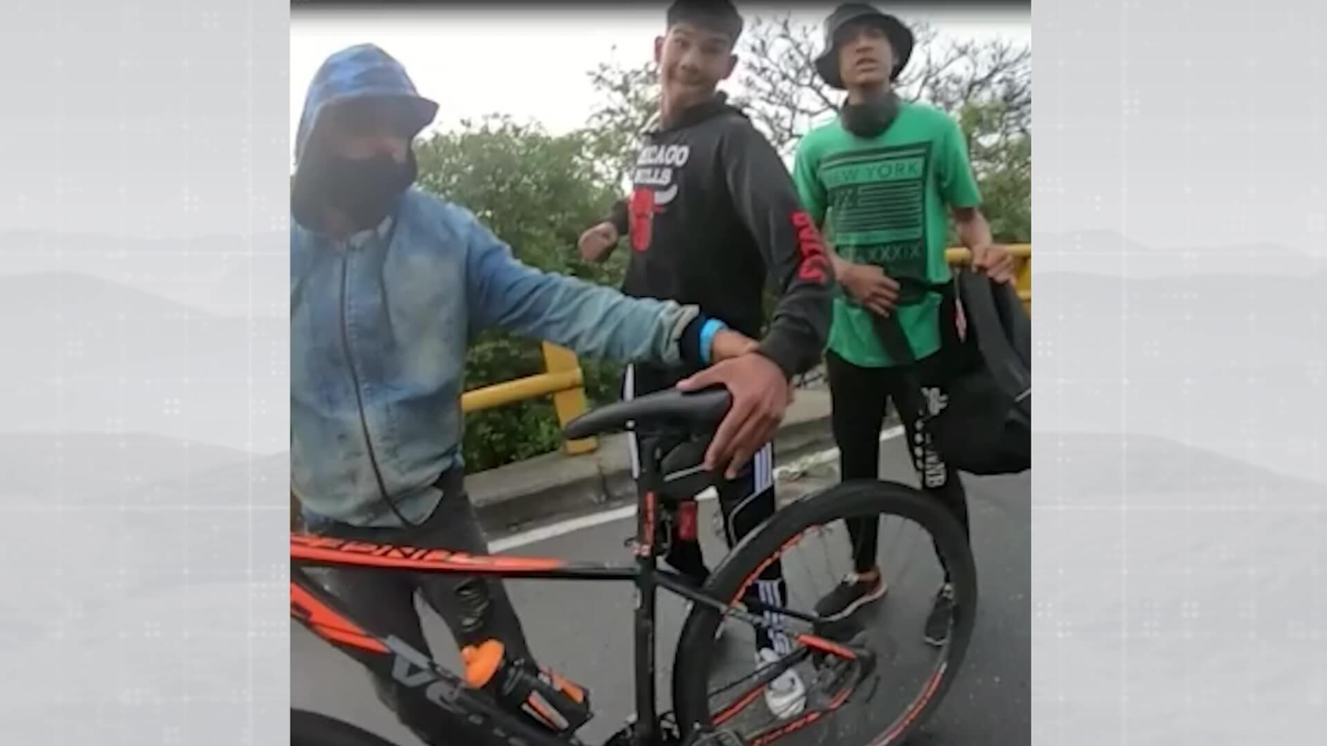 Con cámara, hombre grabó robo de su bicicleta