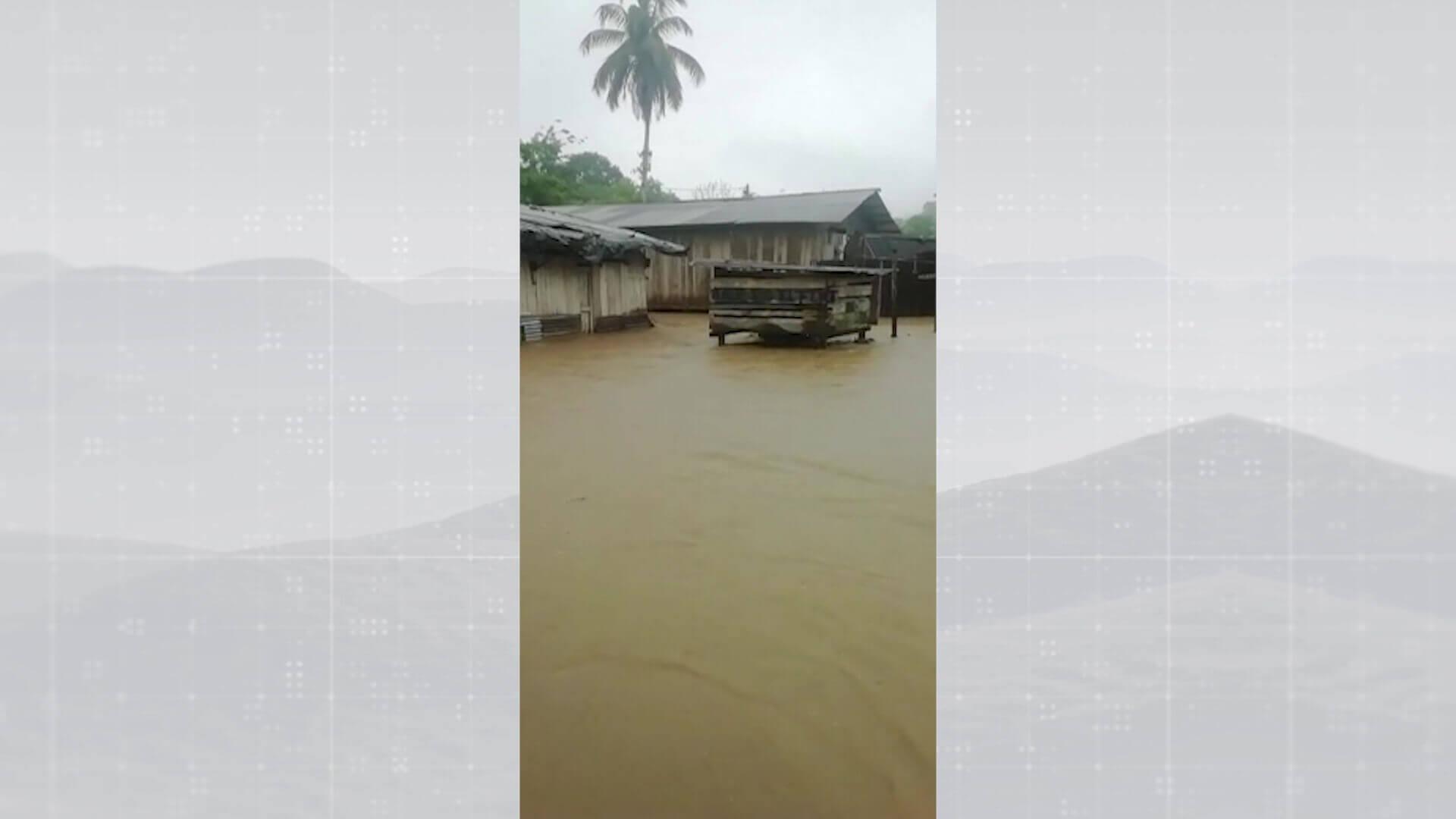 Evalúan daños por desbordamiento del río Arquía