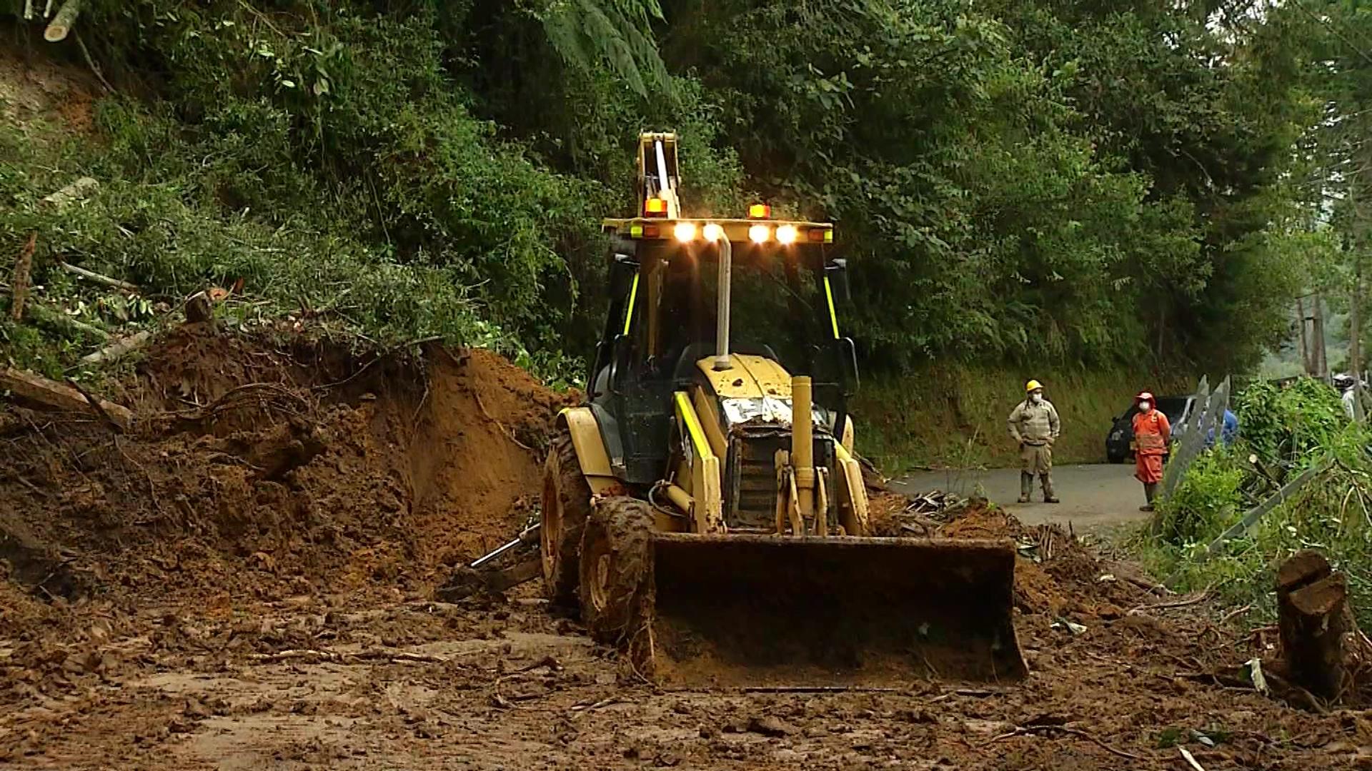 Reabren la vía Santa Elena – Rionegro