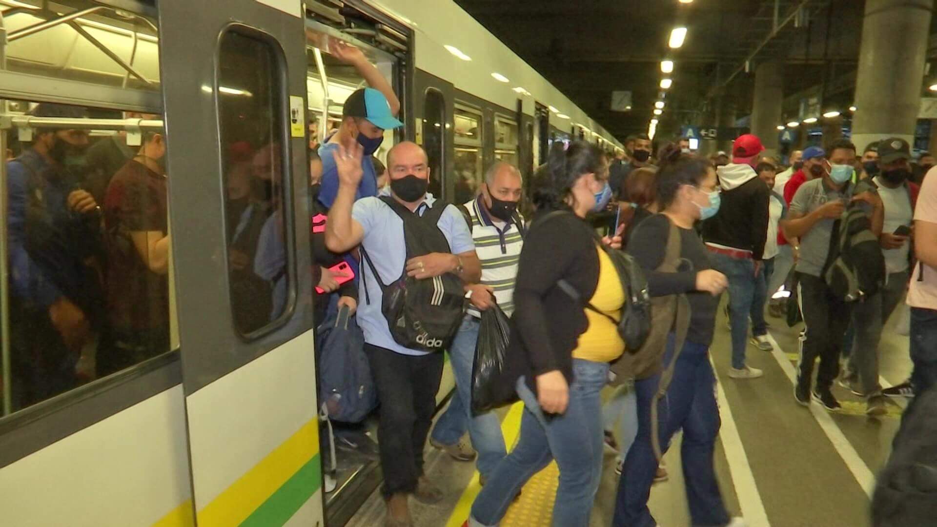 Reparos a ventilación en Metro, empresa la defiende
