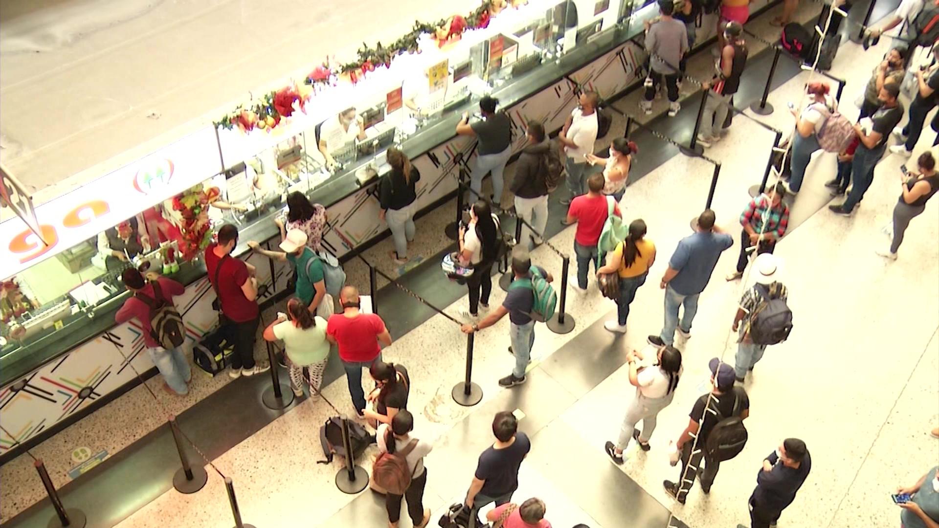 Terminales esperan tránsito de 550 mil personas