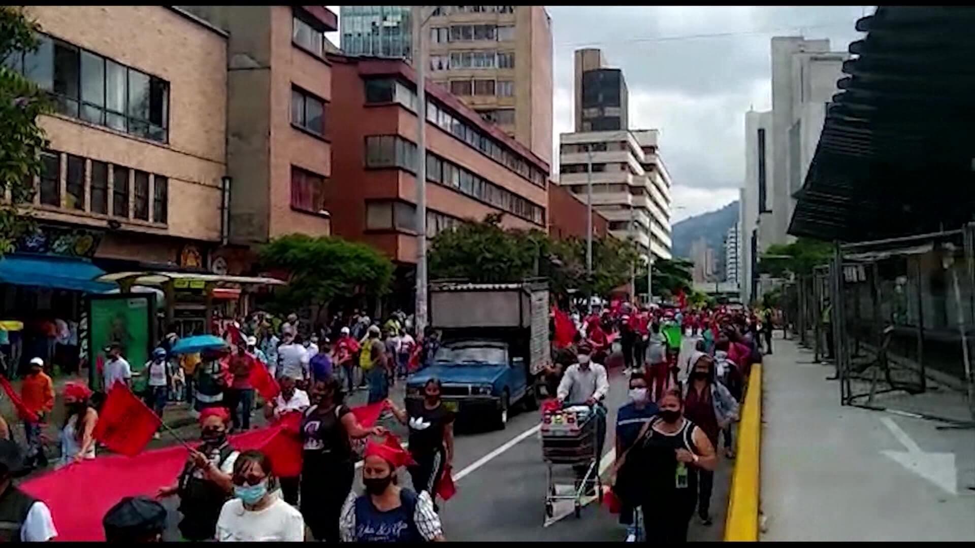 Centrales obreras anuncian protesta para esta semana