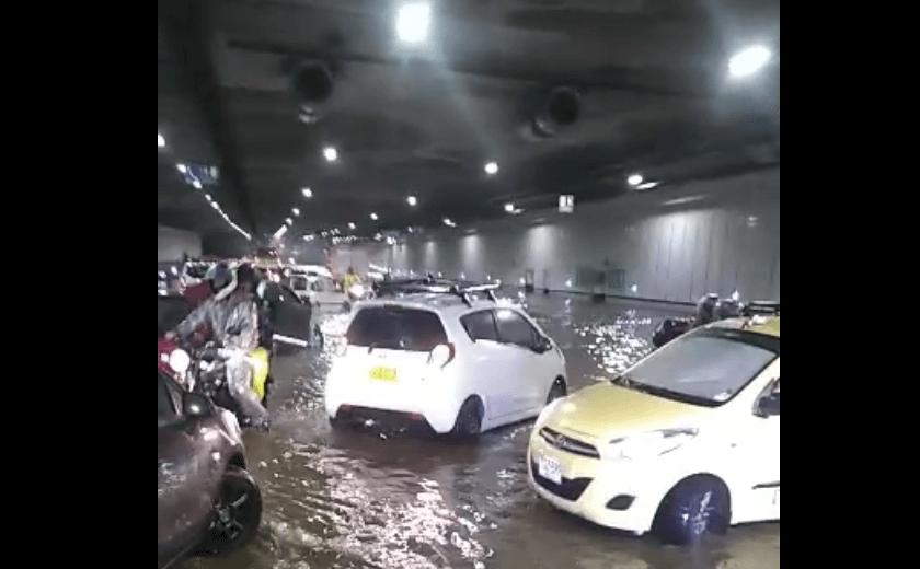 Fuertes lluvias generaron inundaciones en la ciudad