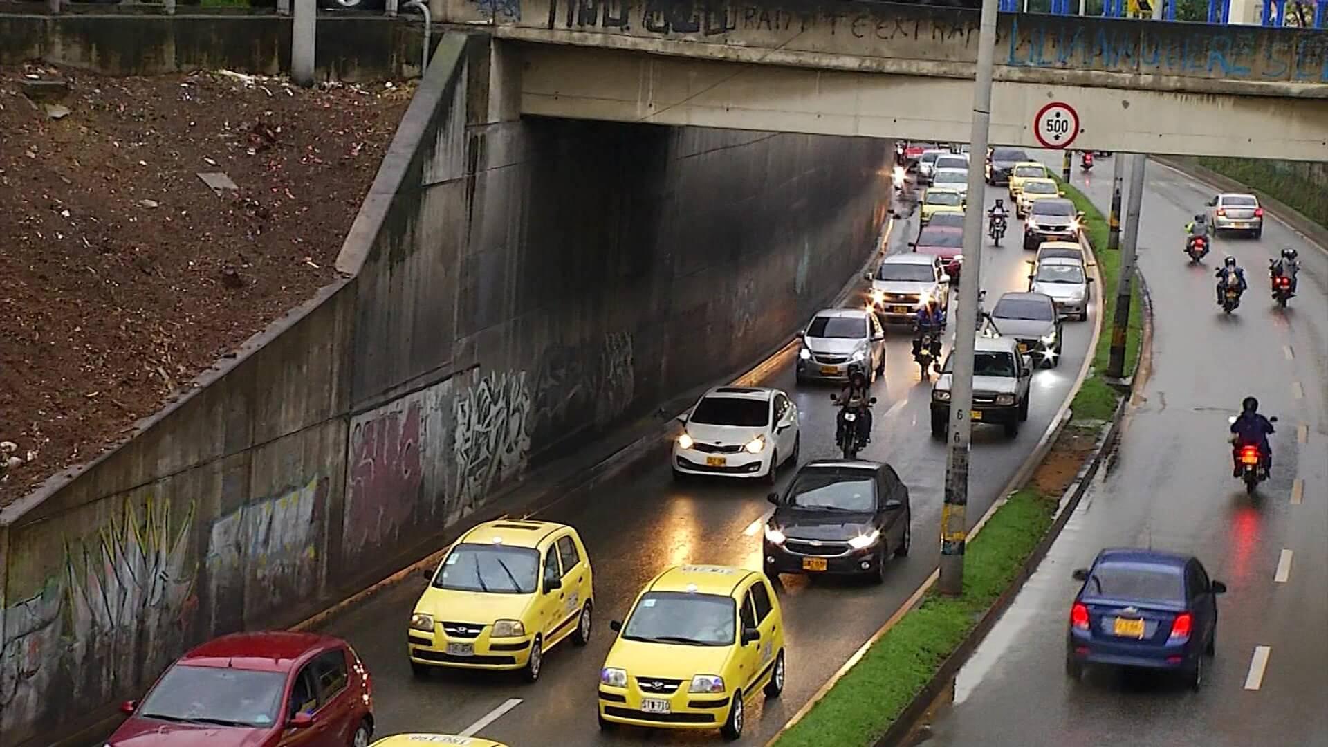 Gremios de transporte exigen pico y placa nuevamente