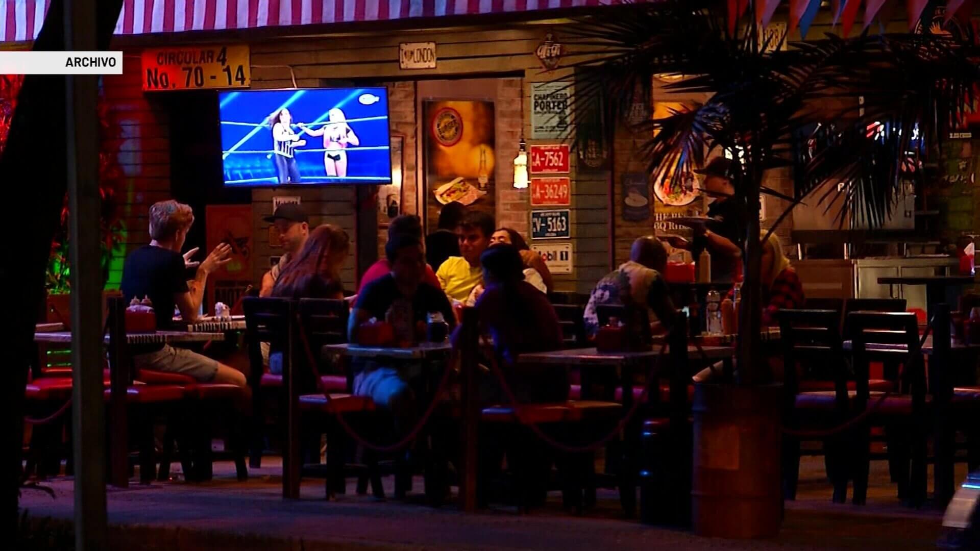 Autoridades piden no descuidar el autocuidado en bares