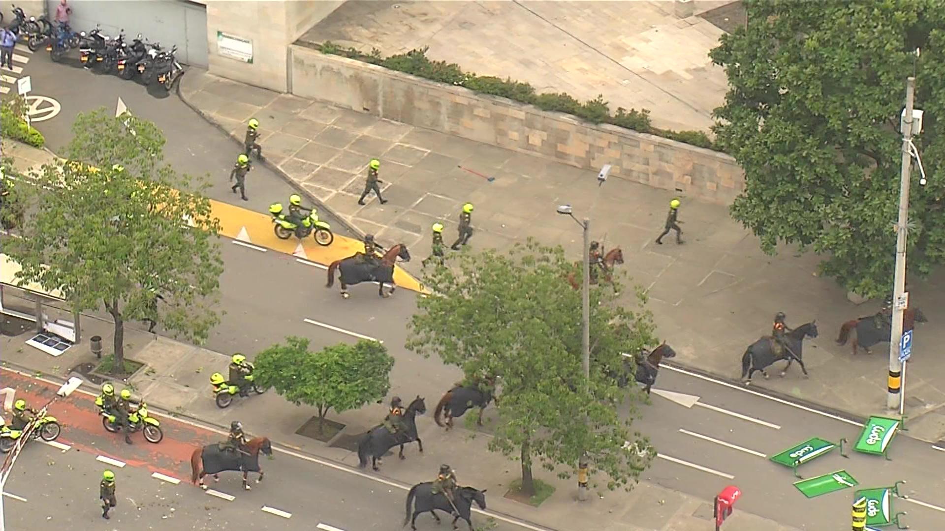 Controversia por presencia de caballos en protestas