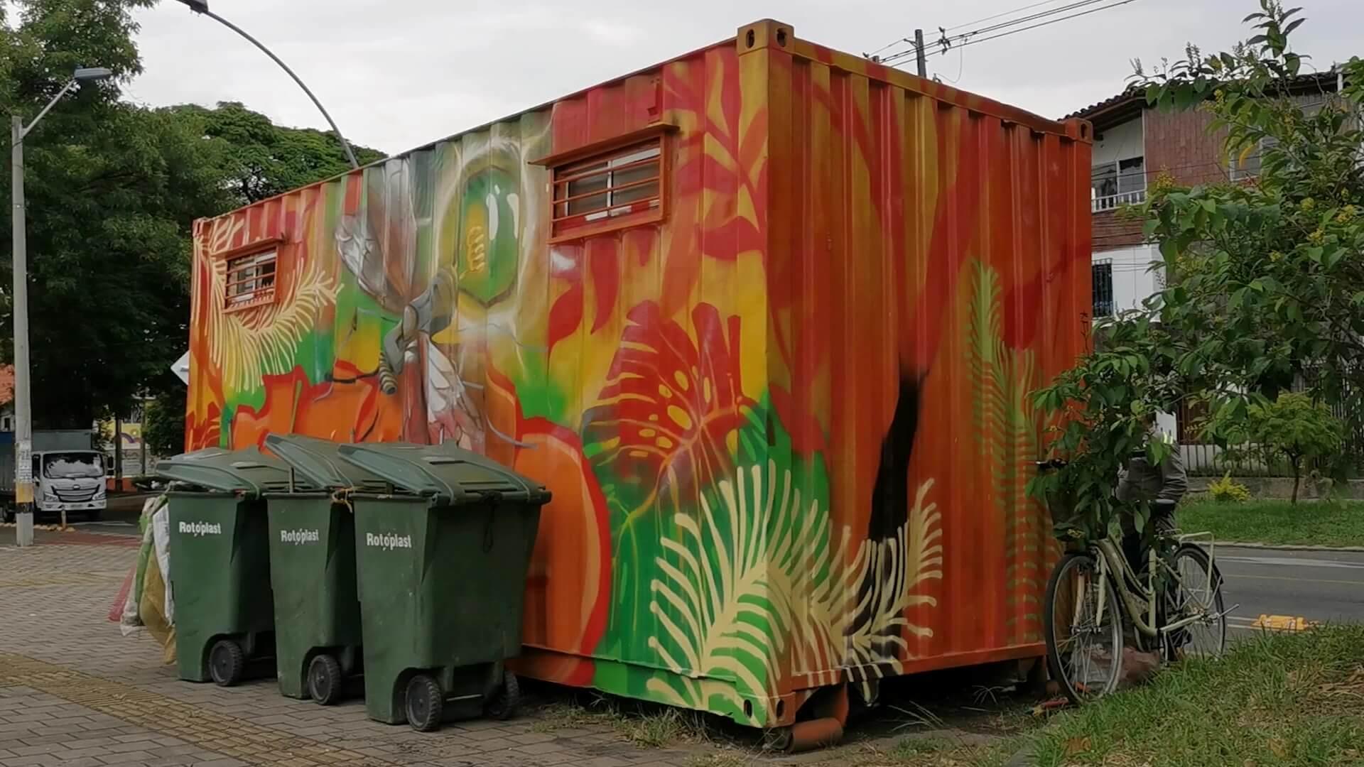 Puntos naranja para reciclar en Medellín
