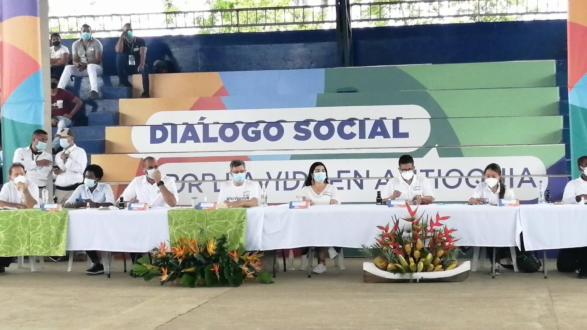 Primer encuentro de diálogo social por la vida