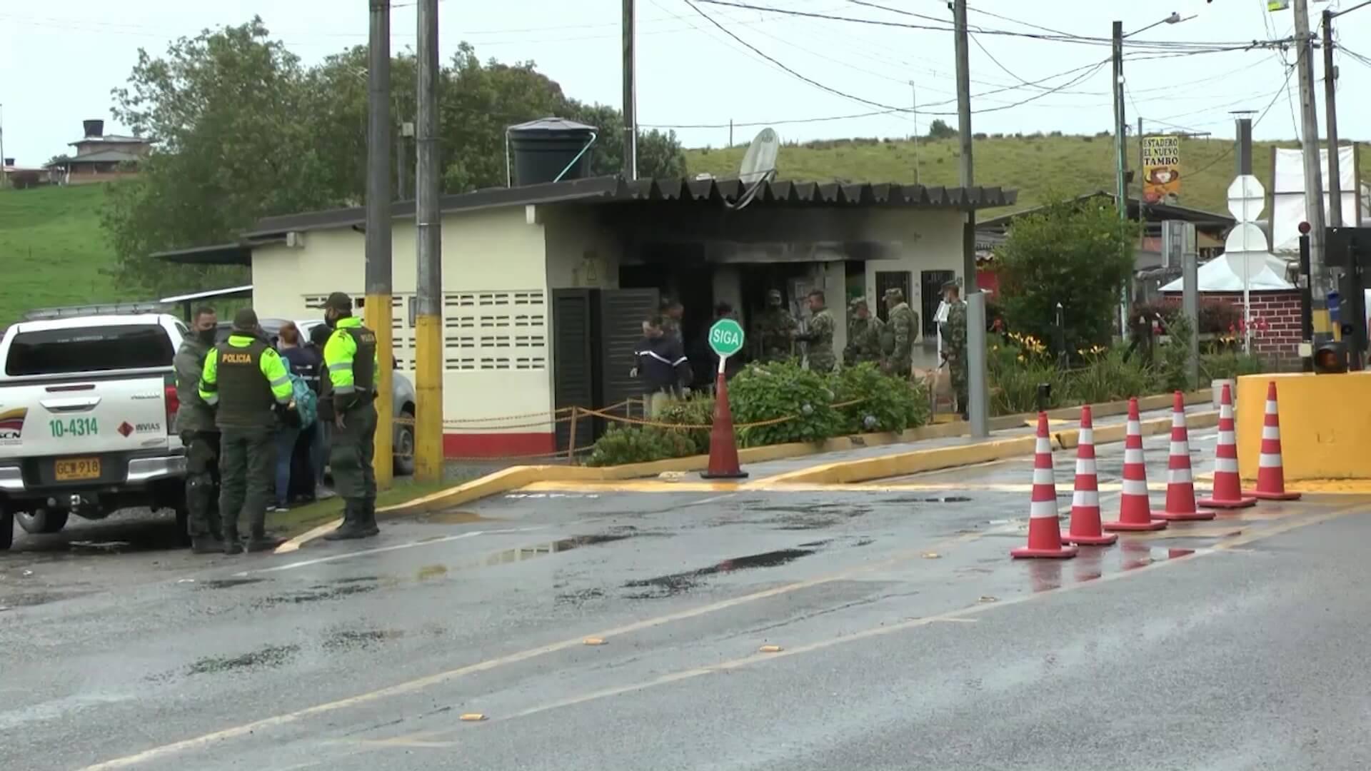 Incendiaron peaje de Llanos de Cuivá. Un lesionado