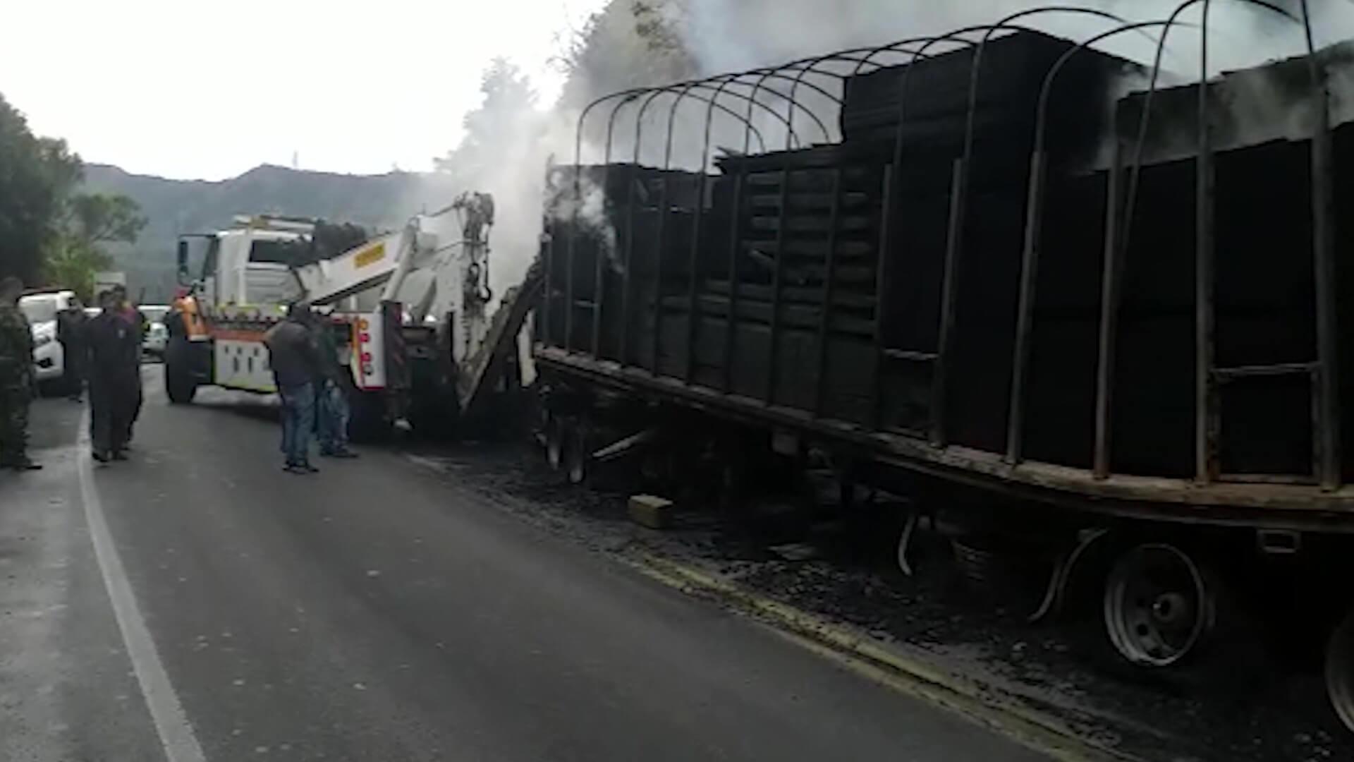 Tractomula quemada en Yarumal