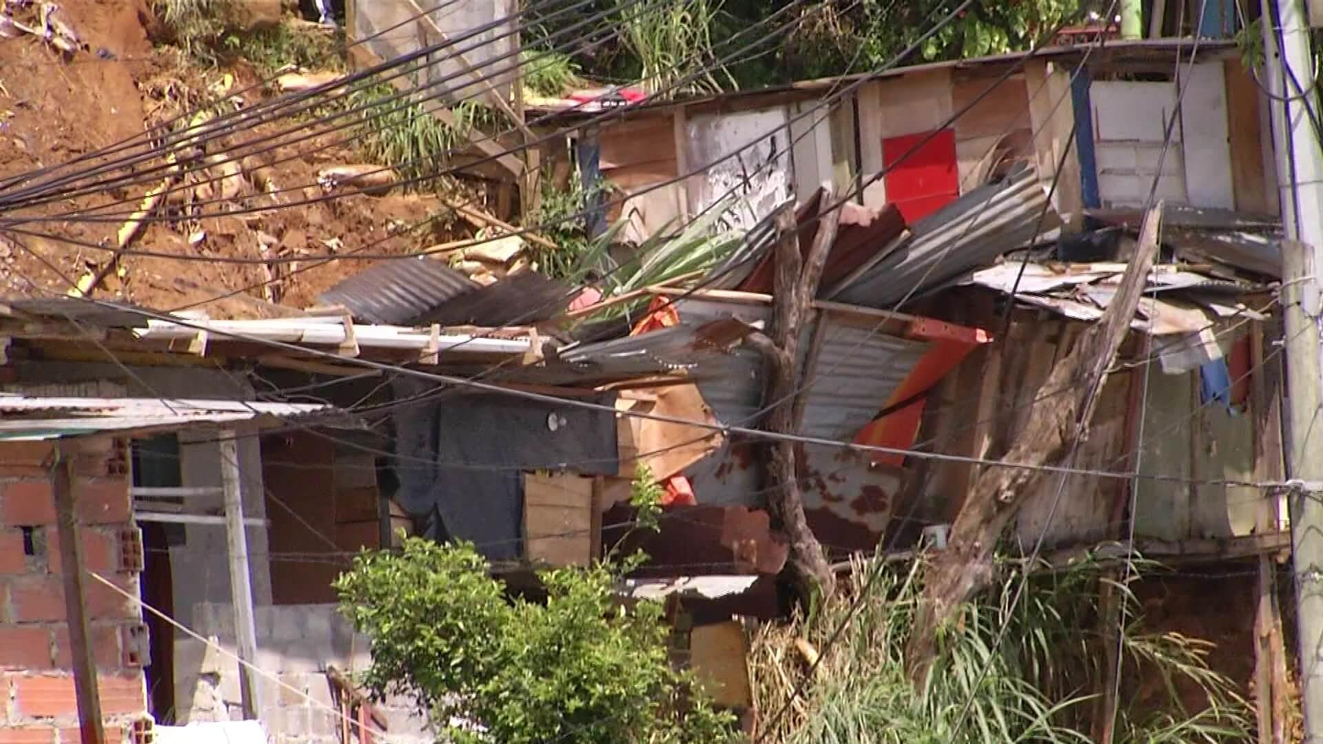 Evacuación definitiva para 15 viviendas