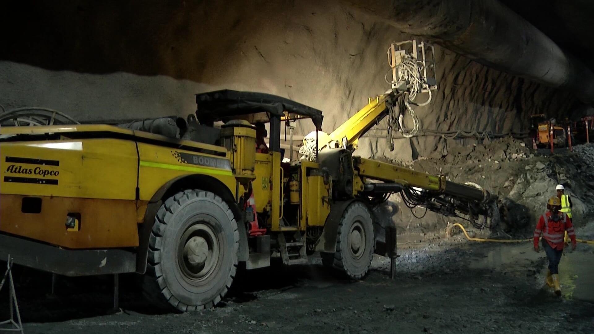 A licitación equipos para el túnel Guillermo Gaviria