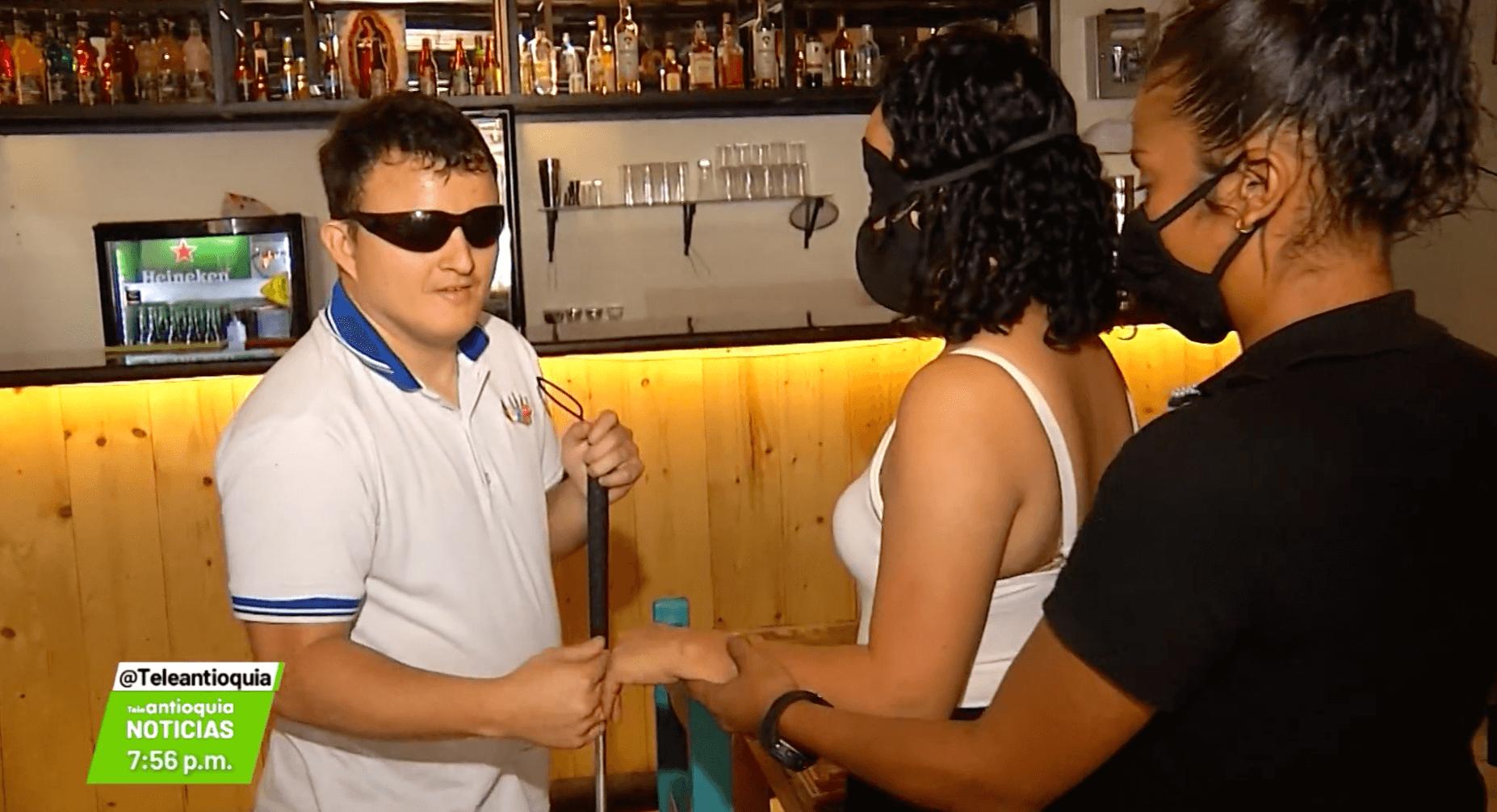 «Cena a ciegas» el 15 de agosto para «ver con el corazón»