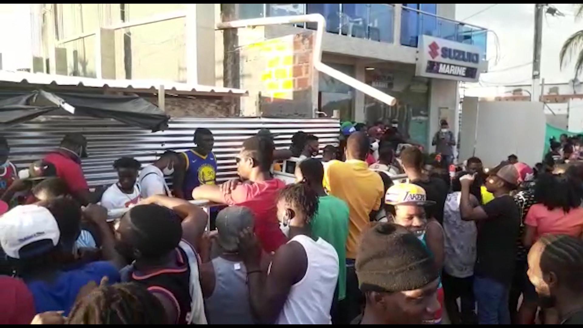 Migración Colombia busca solución al tema de migrantes