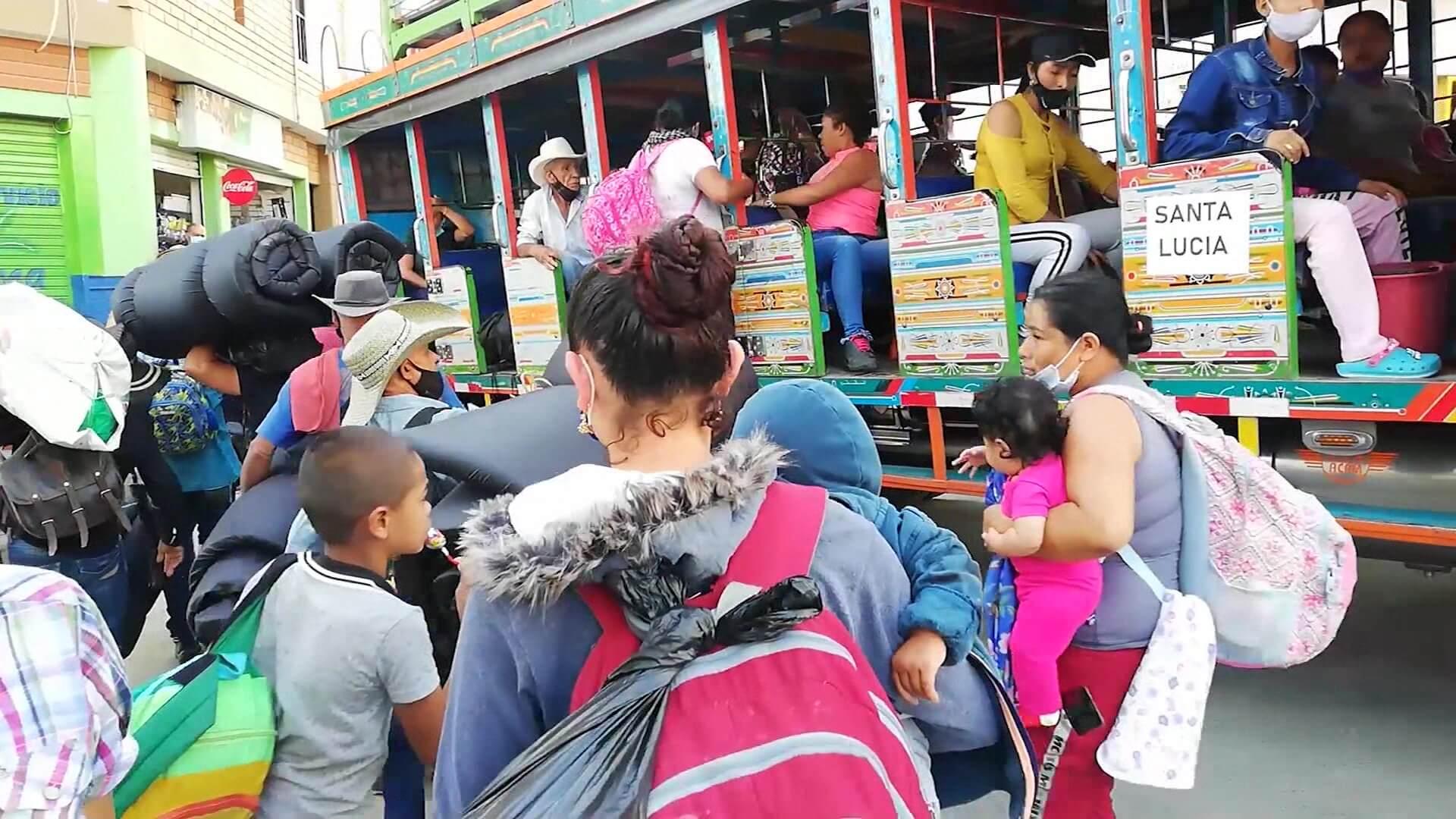 Gobernador acompaña a la comunidad de Ituango