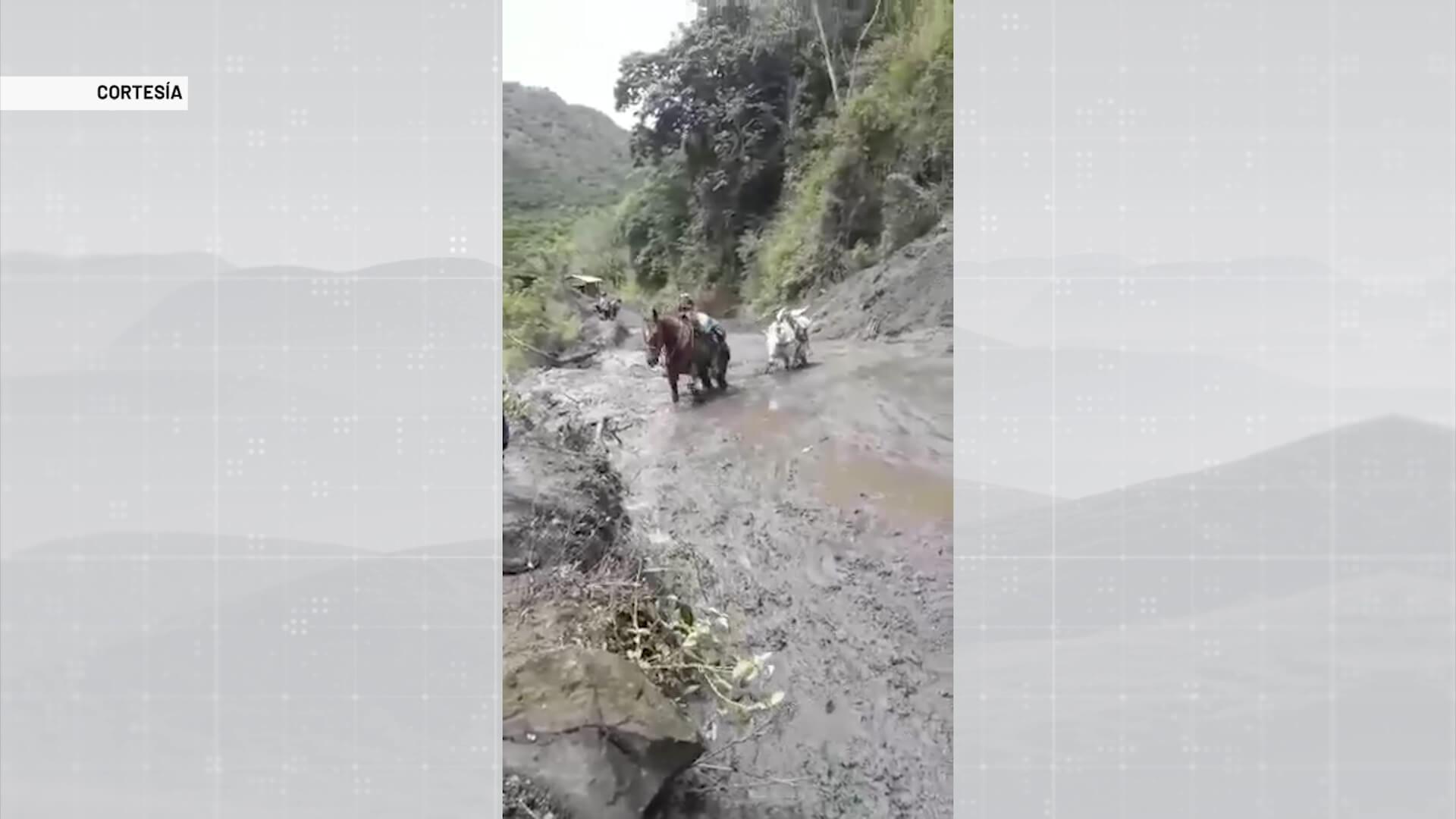 Lluvias afectan las vías hacia el corregimiento La Granja