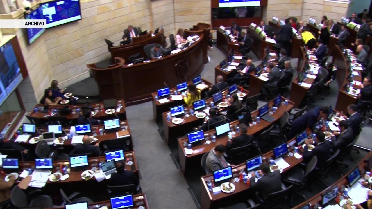 Promulgan 16 curules de paz en el Congreso