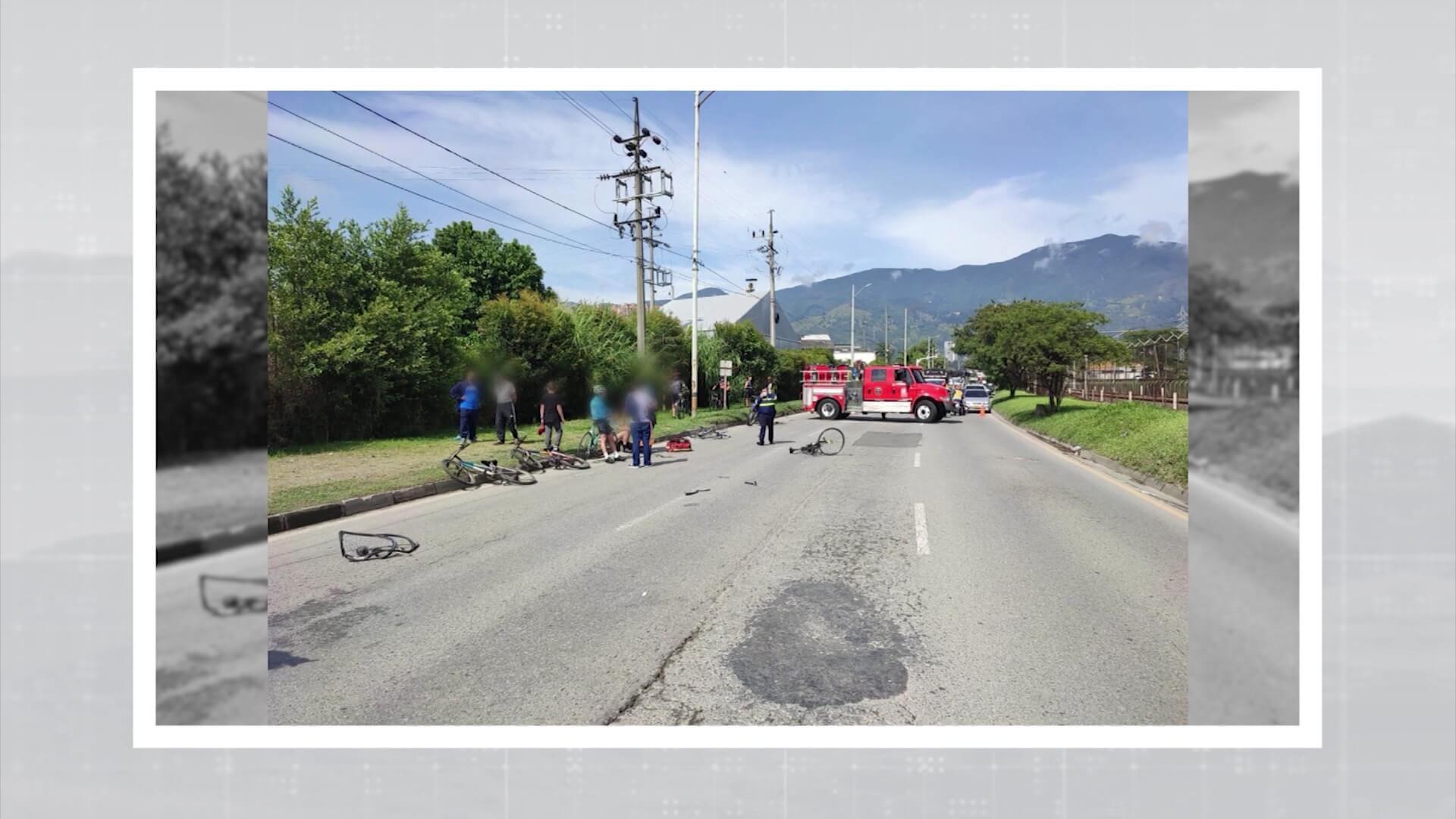 Dos ciclistas fueron atropellados en la Av. Regional