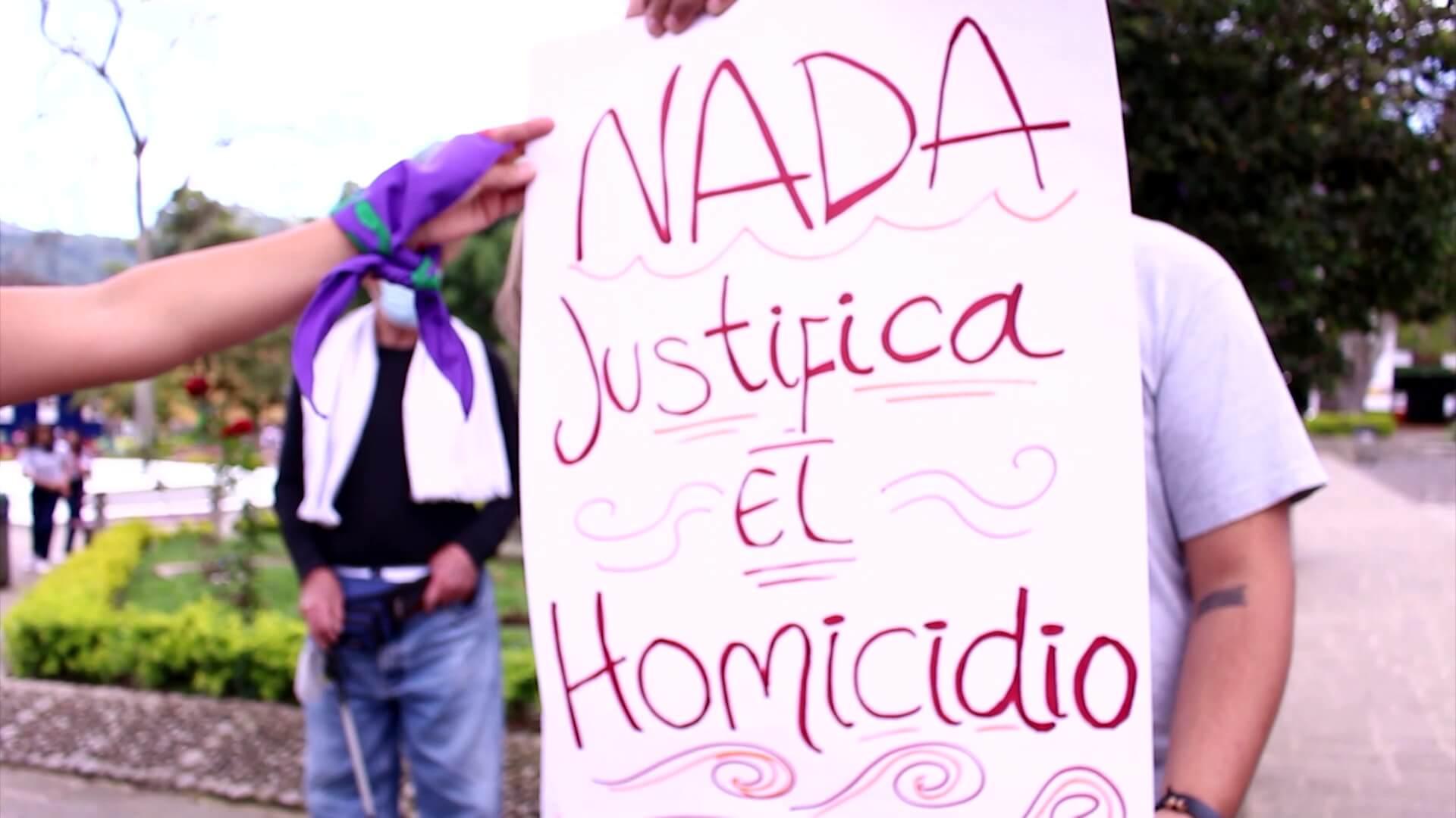 Marcha para rechazar homicidio de mujer checa en Jardín