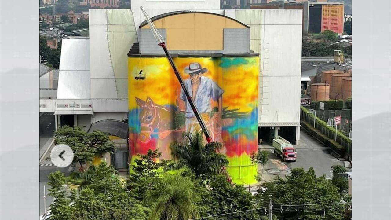 Mural fue entregado como homenaje al campesino