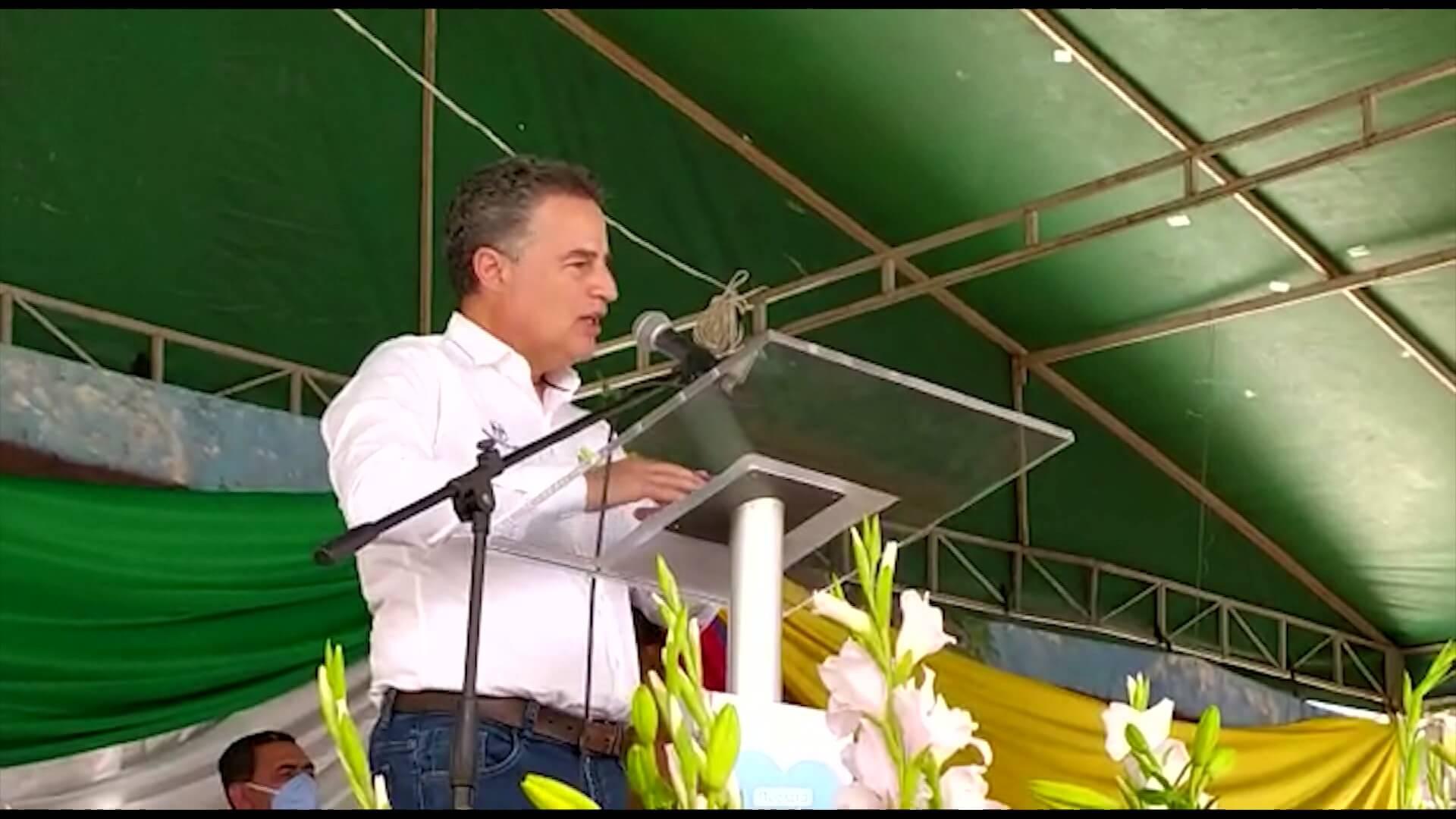 Gobernador de Antioquia acompaña los 150 años del municipio de San Rafael