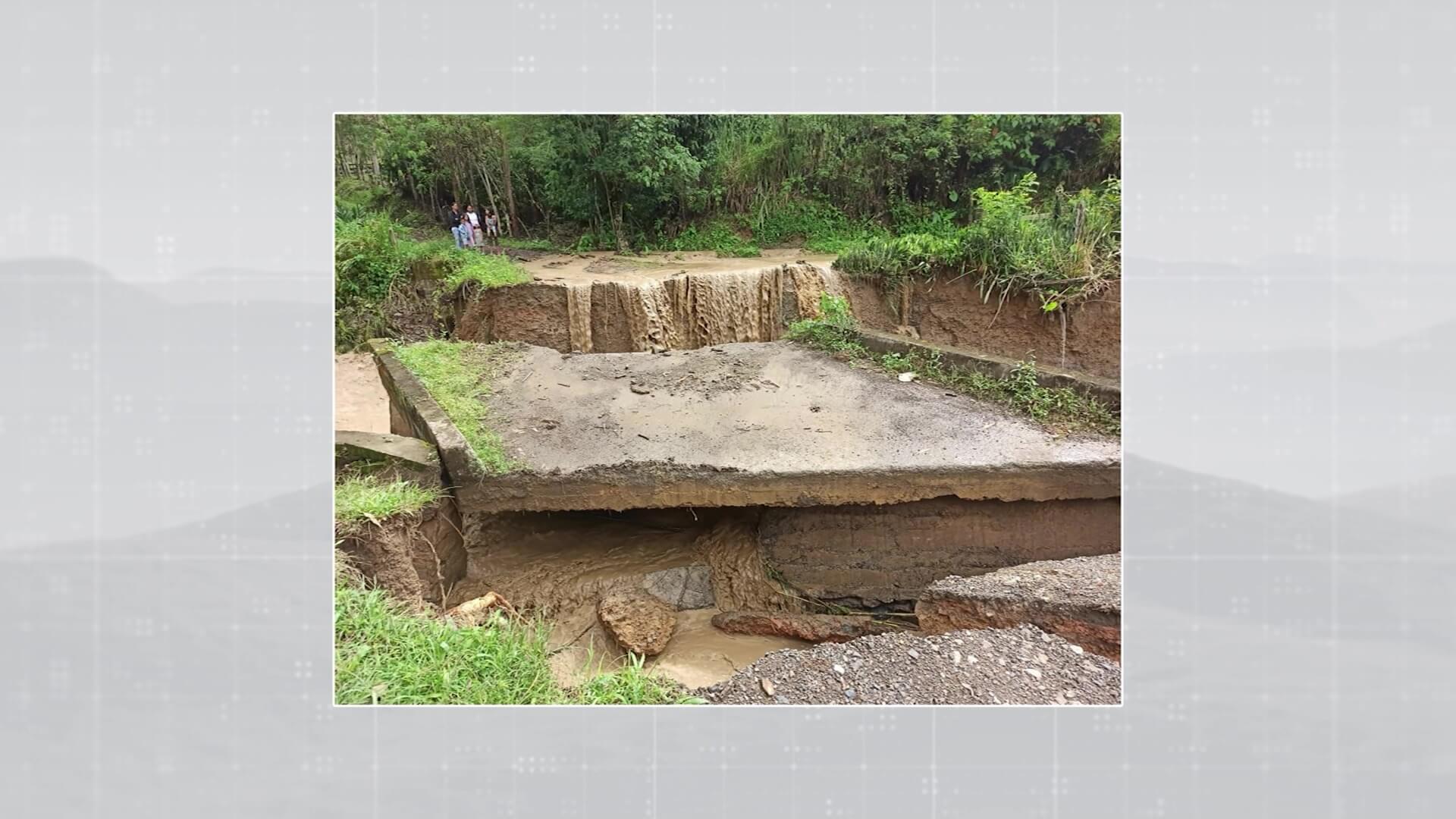 Varios municipios en problemas por exceso de lluvias