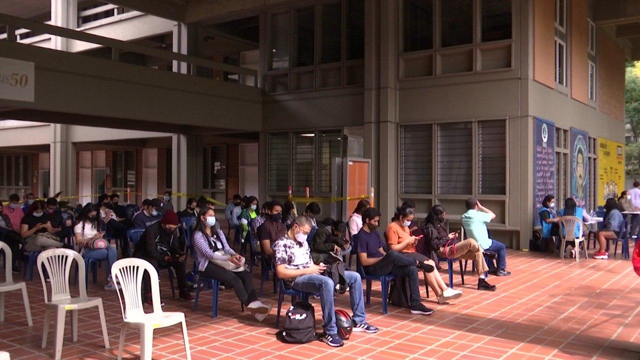 U. de A. abre sus puertas a estudiantes vacunados