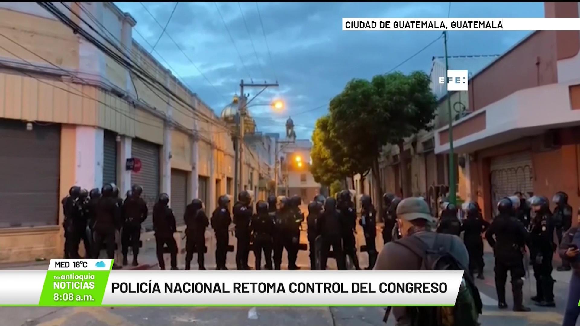 Internacional: Policía Nacional de Guatemala retoma el control del Congreso