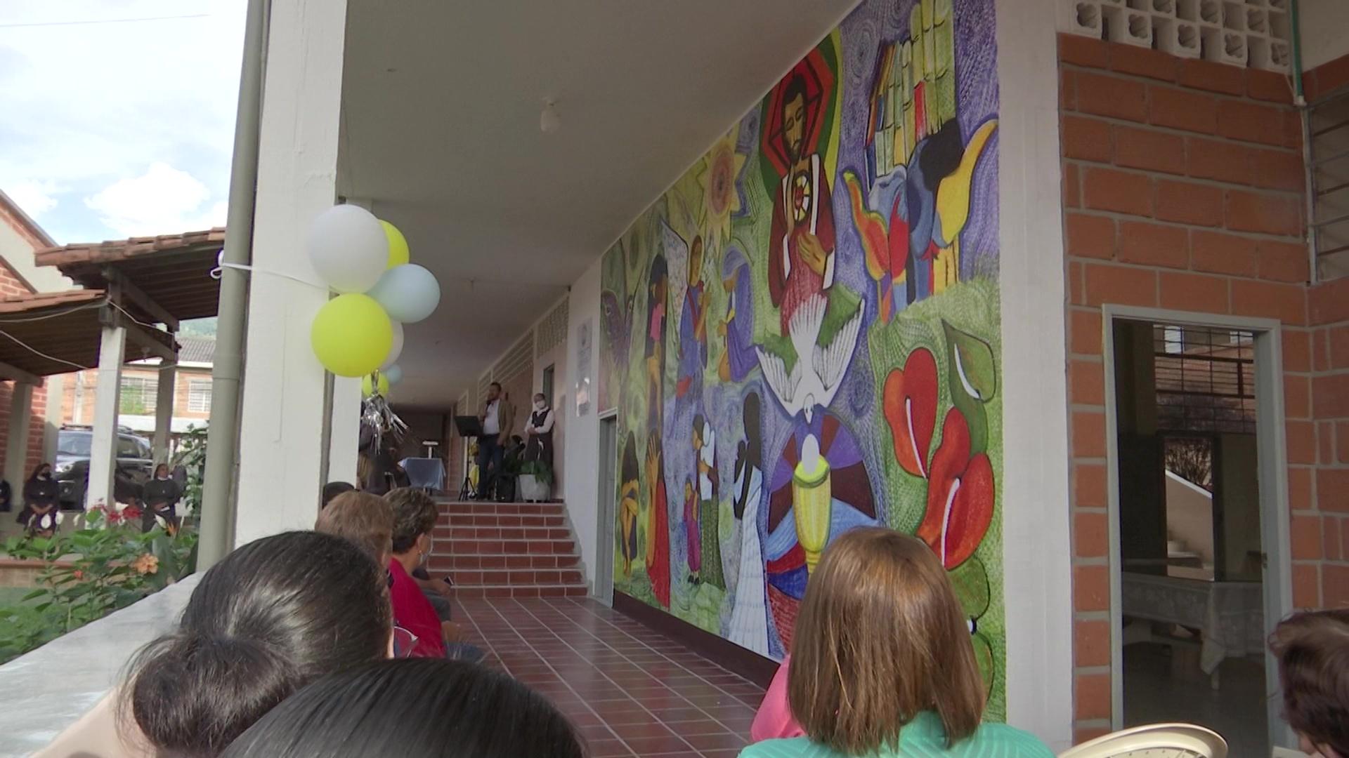 Mural en homenaje a María Berenice Duque